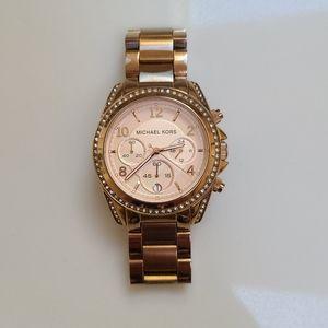 🎉Host Pick🎉 Michael Kors Women's Rose Gold Watch